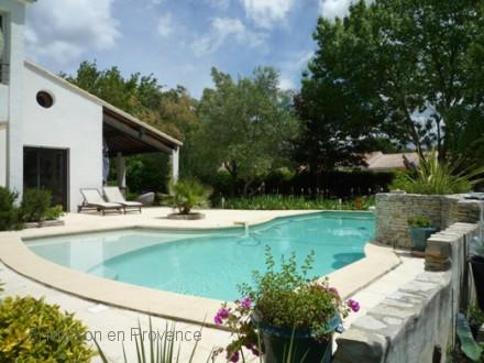 Villa piscine priv e 10km du centre de montpellier for Piscine privee montpellier