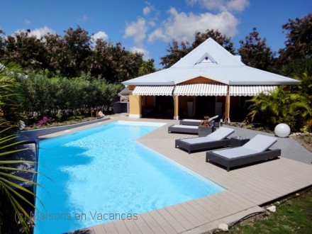 Villa piscine priv e villa cr ole grand luxe saint for Piscine vitry le francois