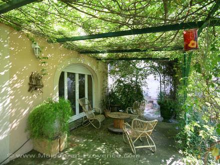Villa a 5 minutes pied du bord de mer sausset les for Achat maison sausset les pins