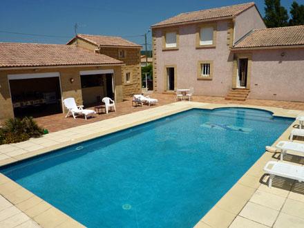 Villa piscine priv e proximit du village et de ses - Piscine de la potennerie ...