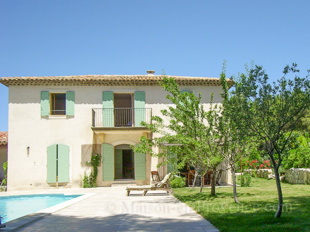 Villa � Saint-Cannat