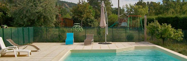 Villa piscine priv e dans l 39 arri re pays de st rapha l for Soleil piscine montauroux
