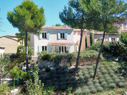 Villa au domaine du glof piscine priv e au c ur du - Pont royal en provence office du tourisme ...