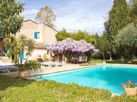 Villa piscine priv e 15 minutes pied des plages des for Piscine saint tropez