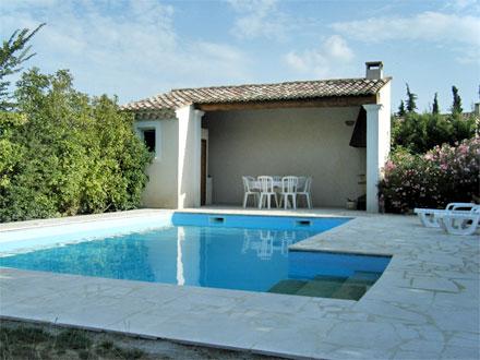 villa piscine priv e proximit des grottes de thouzon le thor vaucluse location de. Black Bedroom Furniture Sets. Home Design Ideas