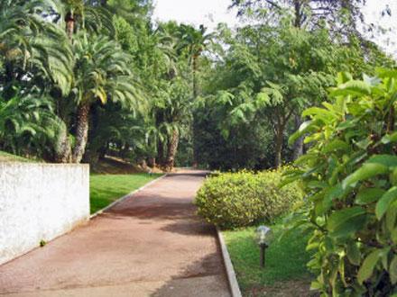 Appartement piscine avec tennis et golf priv s cannes for Le jardin cannes