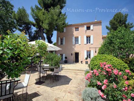 Villa Piscine Priv E 2 Km Du Centre Ville Historique D