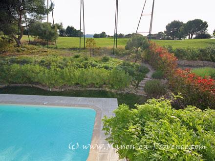 Villa piscine priv e dans le domaine du golf de pont - Pont royal en provence office du tourisme ...