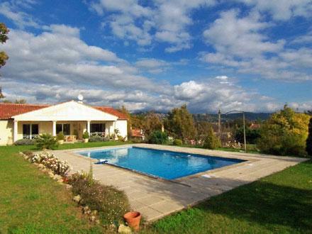 Villa fayence fayence 83440 var 83 for Alarme de piscine linxor jb p 03