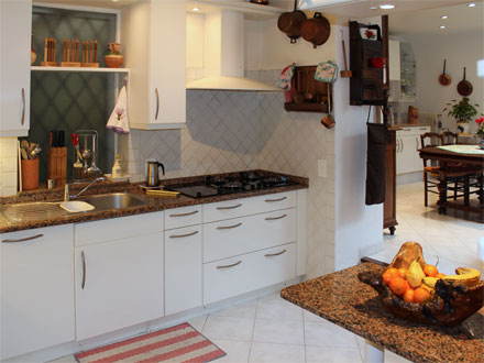 location villa grasse alpes maritimes ref m1174. Black Bedroom Furniture Sets. Home Design Ideas