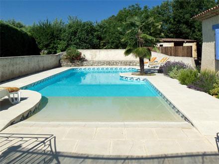 p1193-fayence-la-piscine.jpg