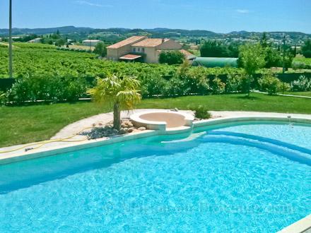 la piscine de la location de vacances villa pertuis vaucluse - Location Villa Avec Piscine Luberon
