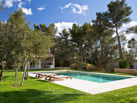 villa piscine priv e pr s d 39 aix en provence aix en provence bouches du rh ne location de. Black Bedroom Furniture Sets. Home Design Ideas