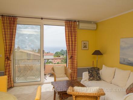 location appartement mandelieu la napoule alpes maritimes ref m1294. Black Bedroom Furniture Sets. Home Design Ideas