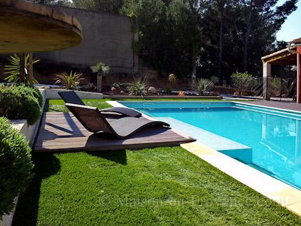 Louer villa saint mitre les remparts bouches du rh ne for Accessoire piscine st mitre les remparts