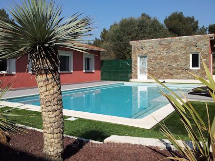 Villa piscine priv e propri t la campagne 5 for Piscine des remparts