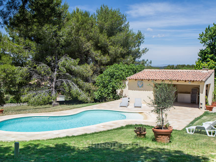 Villa piscine priv e saint mitre les remparts bouches du rh ne location de vacances n - Photos pool house piscine ...