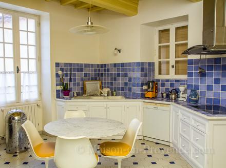 location maison de village saint bonnet du gard gard ref m1380. Black Bedroom Furniture Sets. Home Design Ideas