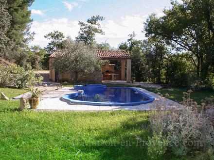 Maison en provence mas pernes les fontaines vaucluse for Club piscine lafontaine
