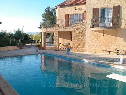 Appartement piscine six fours les plages var for Piscine six fours