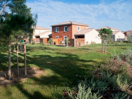 Maison en provence maison t4 fabr gues 34 for Entretien jardin frontignan