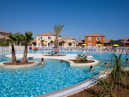 Holiday 1 Room Mezzanine House Swimming Pool 11 Km From The Beach In Frontignan In Fabr Gues