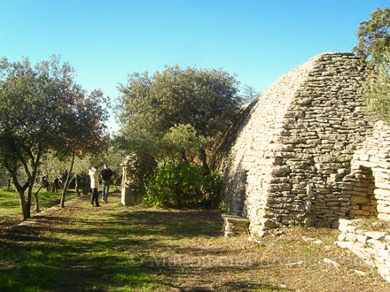 Mas en pierre piscine priv e 10 mn pied du centre du - Maison en pierre seche ...