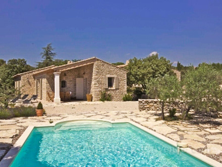 the swimming pool of the holiday rental mas en pierre at gordes vaucluse - Location Villa Luberon Avec Piscine