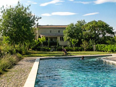 mas en pierre piscine priv e m jannes l s al s gard location de vacances n 1496 par. Black Bedroom Furniture Sets. Home Design Ideas