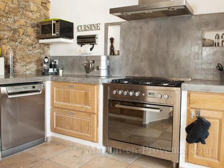 maison en provence bergerie montauroux var disponibilit s et tarifs promotions pour. Black Bedroom Furniture Sets. Home Design Ideas