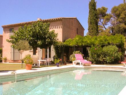 Maison en provence villa venelles bouches du rh ne for Piscine venelles