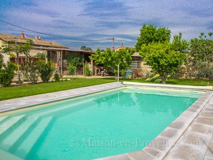 Piscine chateauneuf de gadagne nouveaux mod les de maison for Chateauneuf de gadagne piscine