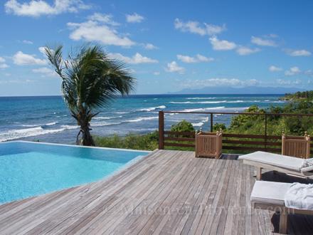 villa piscine priv e luxueuse villa avec vue mer panoramique saint fran ois guadeloupe. Black Bedroom Furniture Sets. Home Design Ideas