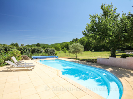Villa piscine priv e accessible au village pieds for Piscine saint martin d heres