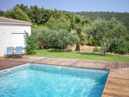 Villa piscine priv e vue mer carqueiranne var for Piscine carqueiranne