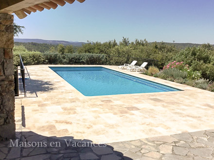 La piscine de la location de vacances Villa à Lorgues ,Var