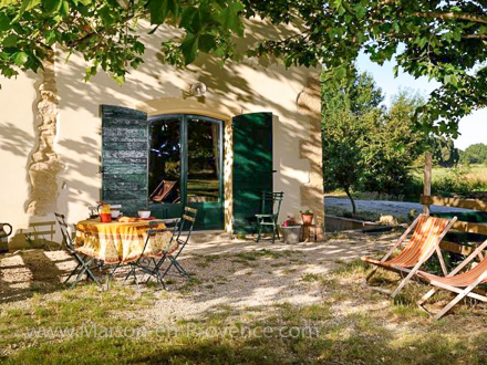 Provençal detached house in Grans
