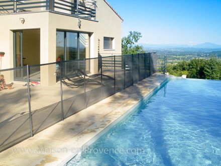 Holiday detached villa private pool overlooking view on for Piscine vallet