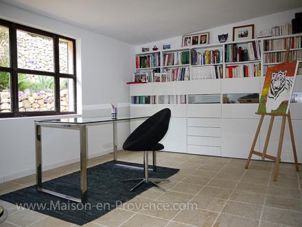 maison en provence villa aix en provence bouches du rh ne disponibilit s et tarifs. Black Bedroom Furniture Sets. Home Design Ideas