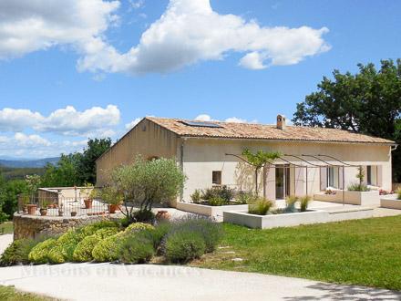 Detached villa in Rognes