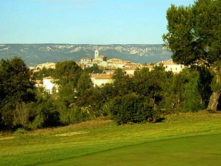 Villa au domaine du golf piscine priv e au coeur du domaine du golf de pont royal en provence - Pont royal en provence office du tourisme ...