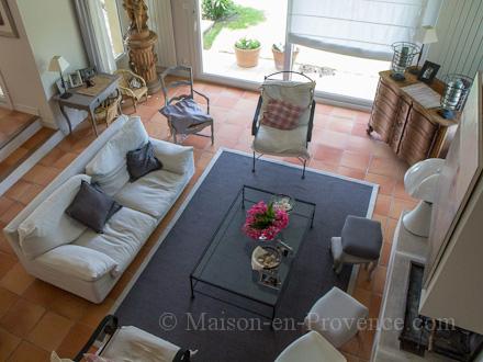 Maison en provence villa aix en provence bouches du for Bowling salon de provence tarif