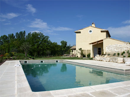 Villa piscine priv e villa proven ale aix en provence for Location vacances bouches du rhone piscine