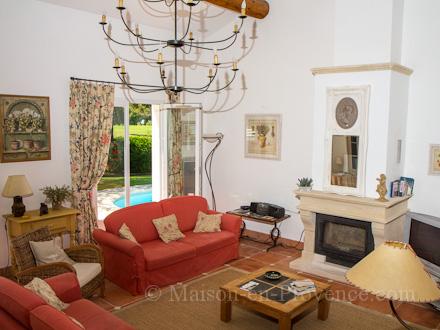 Location villa au domaine du golf pont royal bouches du - Pont royal en provence office du tourisme ...