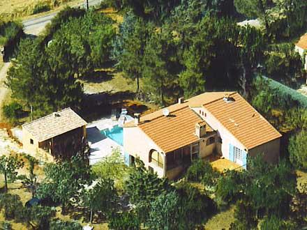 Villa piscine priv e pr s des gorges du verdon aups for Location maison avec piscine gorges du verdon