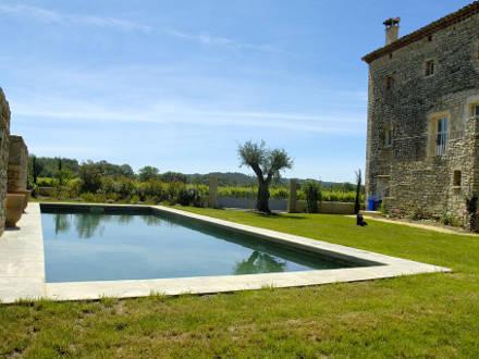 Maison piscine priv e maison ancienne en pierre r nov e for Piscine a la maison