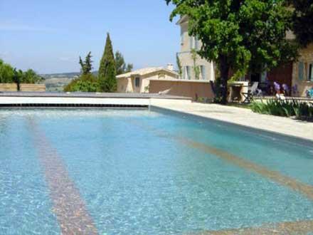 Villa piscine villedieu vaucluse location de for Piscine de villedieu