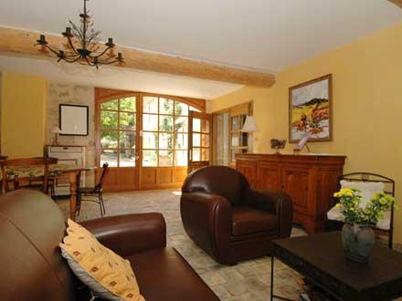maison en provence mas la garde adh mar dr me disponibilit s et tarifs promotions pour. Black Bedroom Furniture Sets. Home Design Ideas