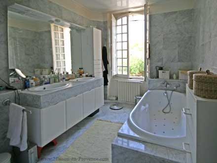 une salle de bains de la location de vacances villa bdoin - Une Salle De Bain Orthographe