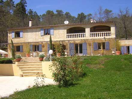 Bastide piscine grande bastide offrant 5 logements dans un crin de verdure saint paul en - La villa berkel par paul de ruiter ...